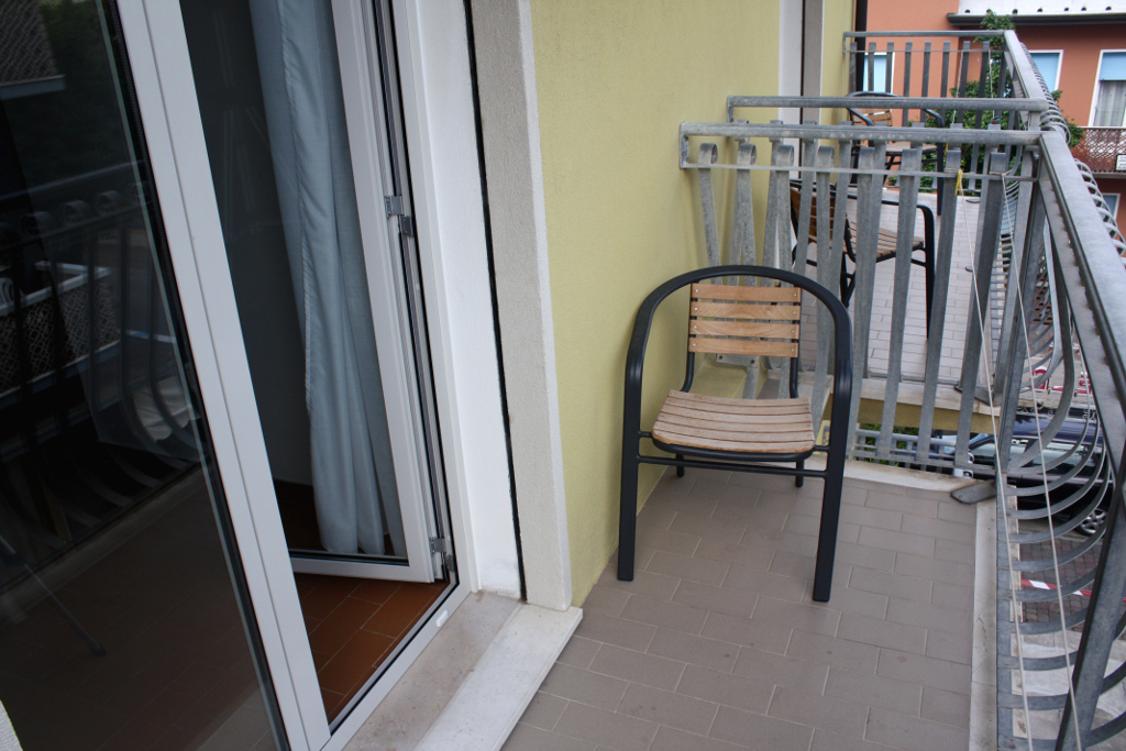 http://www.hotelhelgacaorle.com/wp-content/uploads/2016/05/terrazzo2_camera_1024x683.jpg